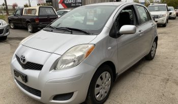 2011 Toyota Yaris full
