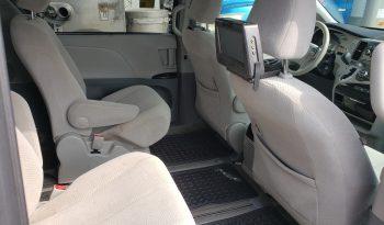 2013 Toyota Sienna full