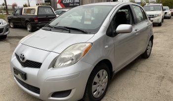 2011 Toyota Yaris full